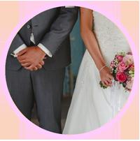 Klik op het rondje om naar de foto's van Wedding Station te gaan.